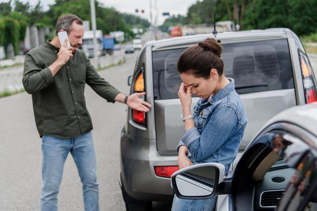 Nach Autounfalll Unfallgutachten Dresden